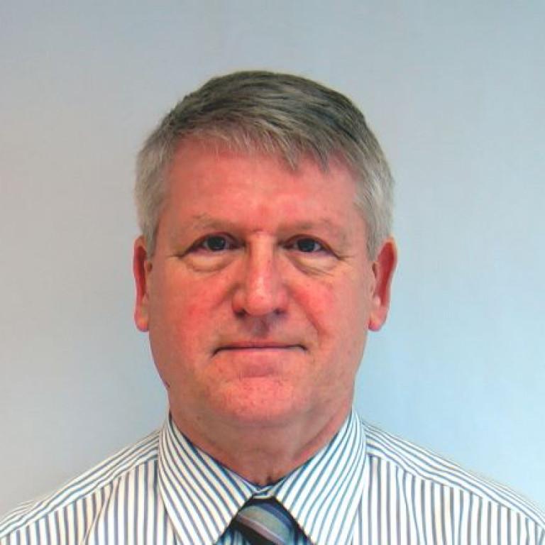 Mr Jim Dunne